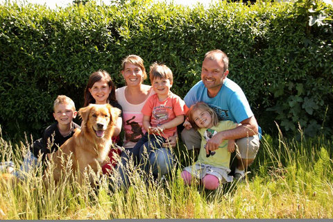 Familie Helpup mit Emil