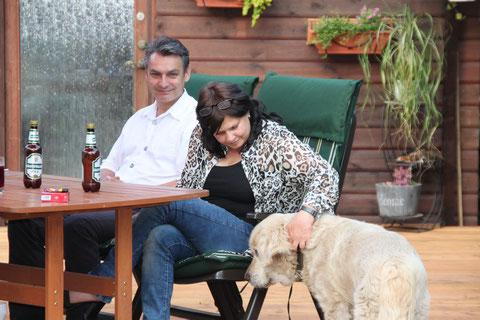 Carmen und Bodo mit Diva zu Besuch bei den Goldentollings (Kimba sagt hallo)