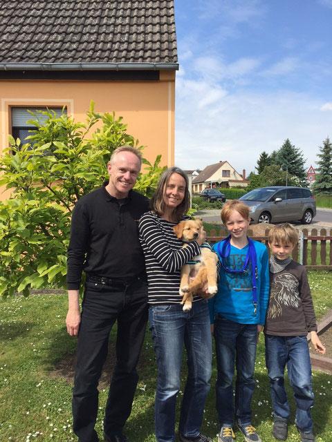Familie Lotze mit Alpha (Anna)