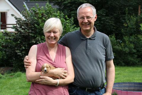 Familienfoto am 08 August 15:  Elisabeth und Hubertus W. mit Goofi