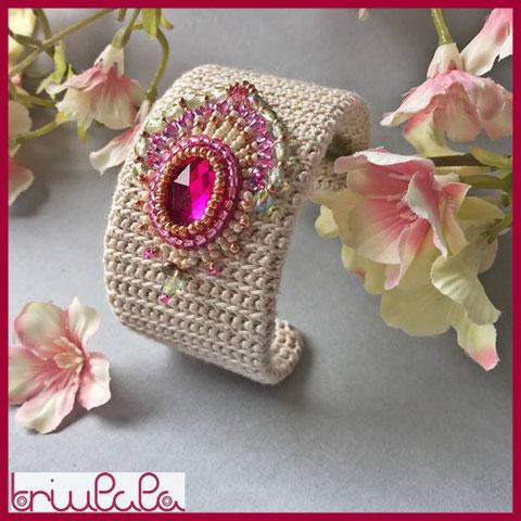 Anouschka - bracciale in seta con ricamo a perline