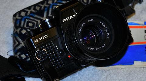 Analoge Foto-Kamera von Praktiker B100