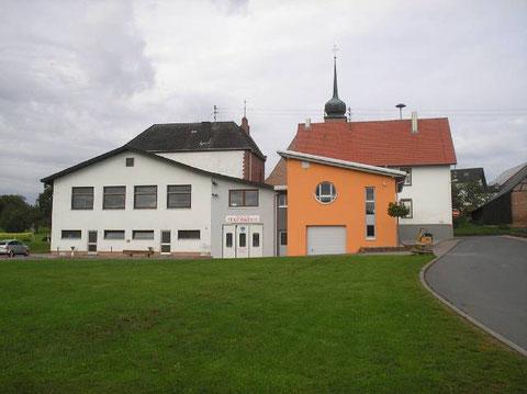 """Vereinsheim""""Hällele"""" und Feuerwehr"""