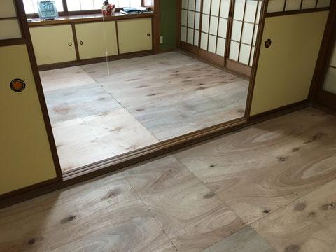 畳下の床板を貼り替え