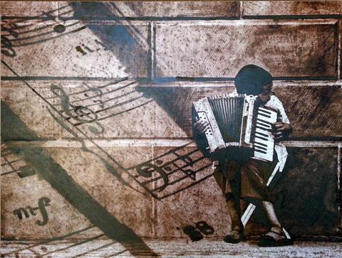 Autore : Antonella Sassanelli Titolo: La Fisarmonica Tecnica e supporto: mista con metalli su carta e legno Dimensioni: cm. 80 x 60 Anno: 2014