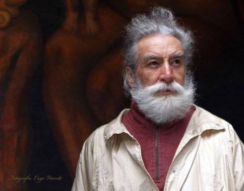 Poeta Guerrero del Alba, Leopoldo Ayala
