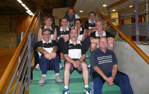 Les années passées, nos vétérans étaient en bas de l'échelle. Mercredi, ils ont atteint le haut de l'escalier en terminant 2èmes de leur championnat !
