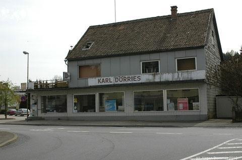 Das ehemalige Baugeschäft Dörries, auch Kohlen Dörries genannt, von der Mühlenbergstrasse aus betrachtet.