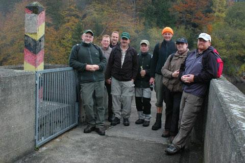 An der ehemaligen Innerdeutschen Grenze mitten im See.