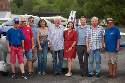 Pilotinnen, Piloten und Mitstreiter beim Franziskuswerk Flugtag 2017. Bild PE