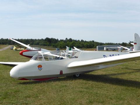 Take-off in Terlet, Niederlande, im Bild der Kranich III aus Oberschleißheim. Foto: J. Auer