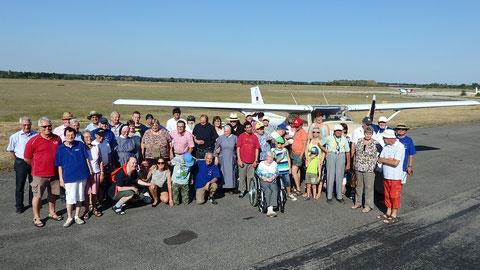 Gruppenbild nach einem gelungenen Flugtag, Foto: Mittelstaedt