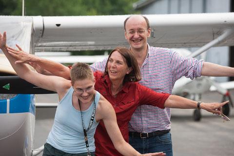 Lustiges Bodentraining, warum fliegt ein Flugzeug. Bild PE