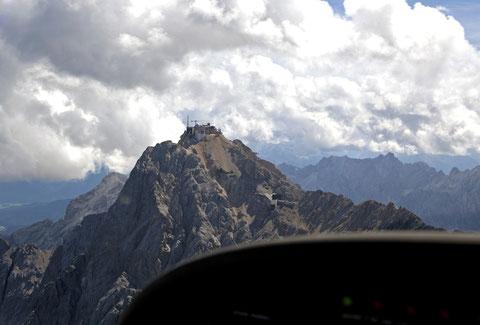 Die Zugspitze, der höchste Berg Deutschlands     ©Luftbildfotografie Neuburg