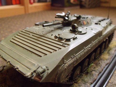 Die Nächsten Bilder sind vom BMP-1 SP-2, den mein Freund SYLVIO JÄHNE  fertiggestellt hat. Er ist ein Künstler.