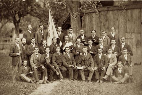 Der Männerchor Sängerbund anlässlich der Fahnenweihe am 12. April 1885