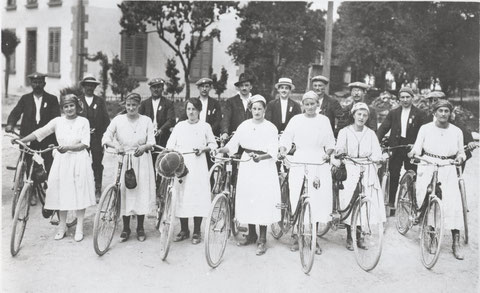 Der Veloclub Wittnau am Aarg. Radfahrertag in Gränichen (1922)