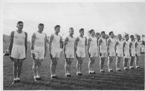 Am Kantonalen Turnfest 1950 in Reinach