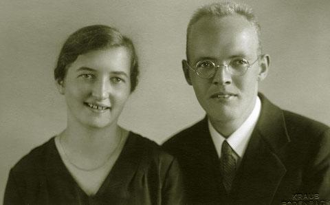 Meine Eltern Margret Siebert geb. Hebel und Pfarrer Heinz Martin Siebert  im Sommer 1931  in Bodenbach