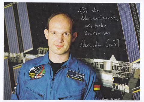 Alexander Gerst (Fliegt 2014 zur ISS;in der Sternwarte ausgestellt)