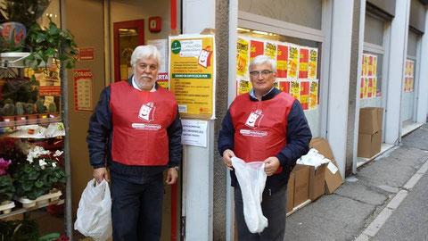 Raccolta alimentare pro Caritas .