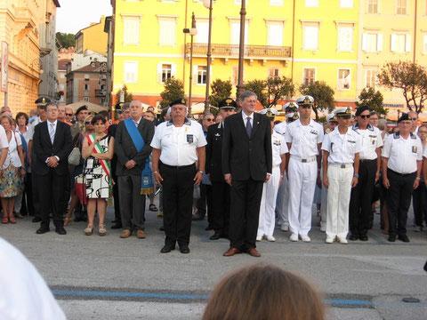 Autorità presenti alla  Cerimonia N. Sauro
