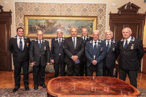 Il Consiglio Direttivo ANMI Trieste con C.N. Seppi e D.R. Semi dal sindaco .
