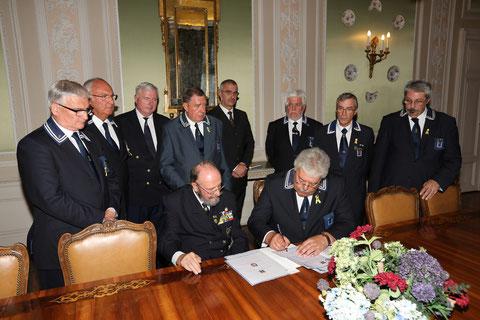 Firma della pergamena.