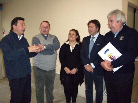 Il Comandante Costa con Don Sandro ,Cons. Bucci e soci. 10.11.2012