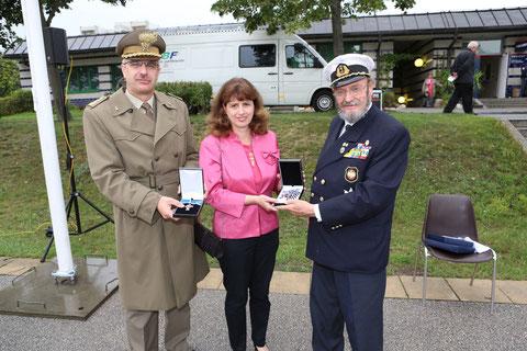 Col. Stendardo add. militare con signora e Skrivanek pres. O.M.V.