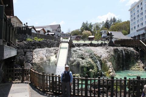 草津の湯畑周辺は、昔に比べてきれいに整備されていた。