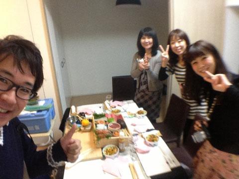 寿司のケータリングで女子会