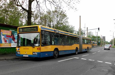 Die 324 in Thekla auf der Buslinie 70
