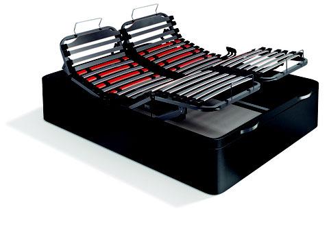 Canapé abatible articulado con cinco planos de articulación, reguladores de firmeza y doble lama en la zona lumbar y dorsal.