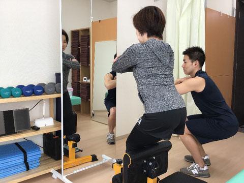 スクワット 腰痛 squat