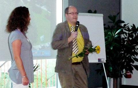 Der wissenschaftliche Leiter der Veranstaltung, Dr. D. M. Olbertz, Chefarzt der Abteilung Neonatologie und Neonatologische Intensivmedizin am  Klinikum Südstadt Rostock, verabschiedet die Teilnehmer und Referenten