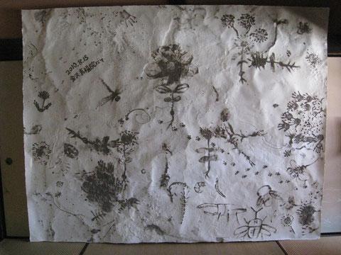 ワークショップ作品   和紙に真福院の土絵の具