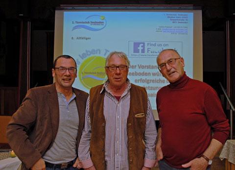 Unsere fleißigen Platzwarte - Helmut Stöflin, Alfred Garnig und Sepp Glavnig (v.l.n.r.) - nicht im Bild Wieland Lange
