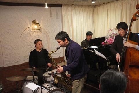 2015.4.18 Breezy Presents 岡田嘉満Ts Quartet
