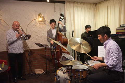 2015.3.21 Breezy Presents 豊田悦見Tb Quartet