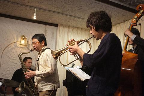 2014.10.18 岡田嘉満T.Sax & 奥村昭彦Tp