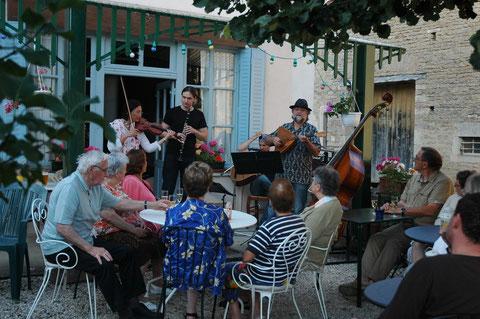 Musique sur la terrasse