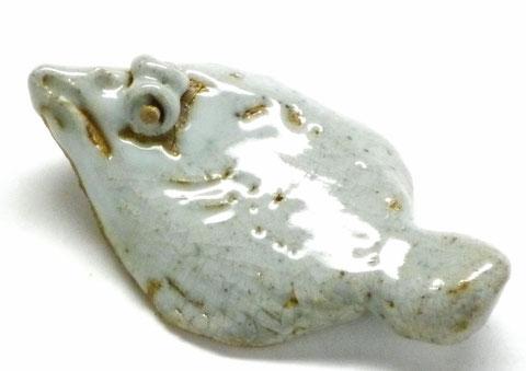九谷焼 箸置き ヒラメ 灰色