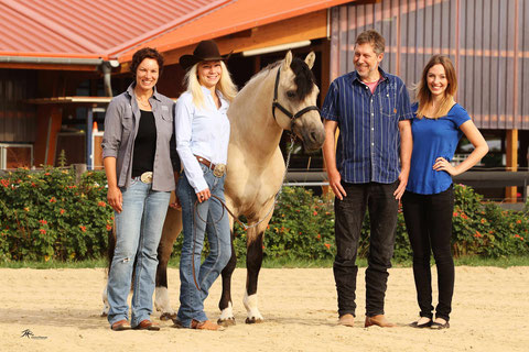 (from left to right) Konstanze, Isabeau, Ohio Dream, Reinhard, Kristabel