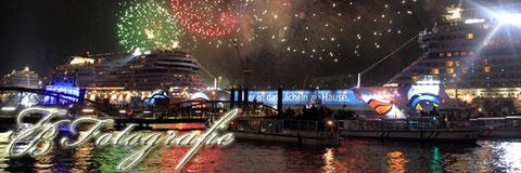 12.05.2012 - HH/St.Pauli: Hafengeburtstags-Feuerwerk & Taufe AIDAmar