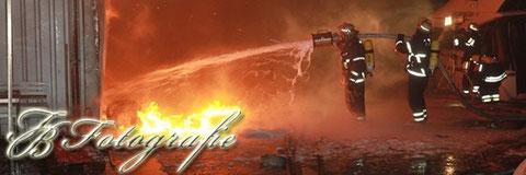 30.01.2012 - HH/Moorfleet: Inferno vernichtet Bootshalle