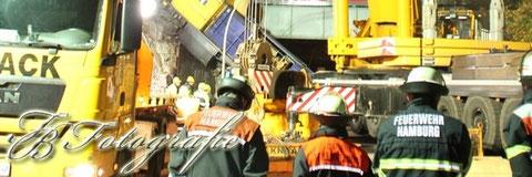 10.11.2011 - HH/Billwerder: Bergung der abgestürzten Lokomotive