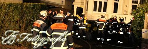 08.01.2012 - HH/Wandsbek: Feuer in Vorstadtvilla