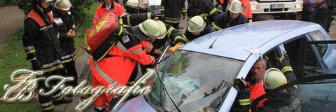 17.05.2012 - HH/Billstedt: 5 Verletzte bei schwerem Unfall