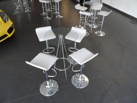 mesa periquera de cristal